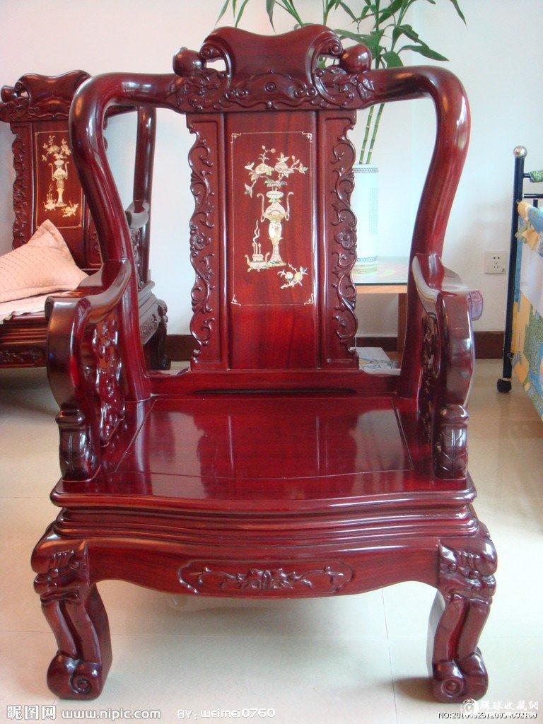 红木家具的鉴别主要看木质结构和重量
