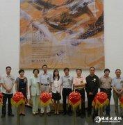 王琰《表现与抽象》油画展:圣殿