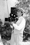 讲述小崔的摄影机收藏故事