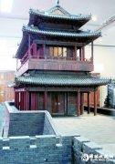 紫檀木雕永定门城楼亮相中国紫檀